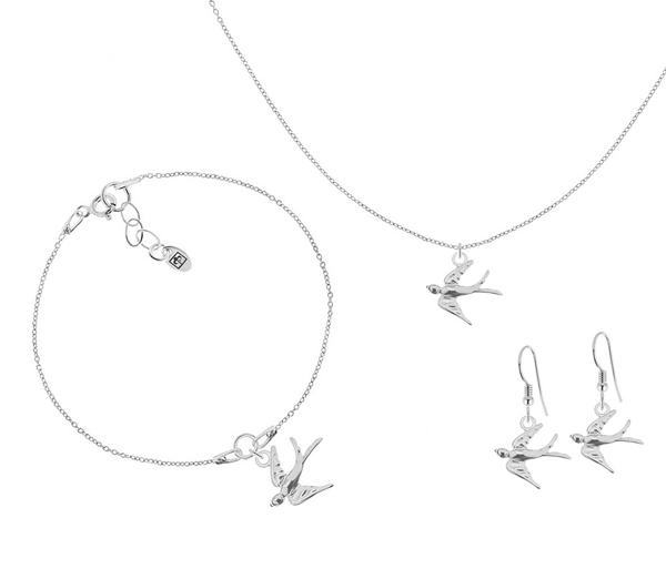 Srebrna biżuteria z jaskółką, to idealny dodatek na wiosnę.