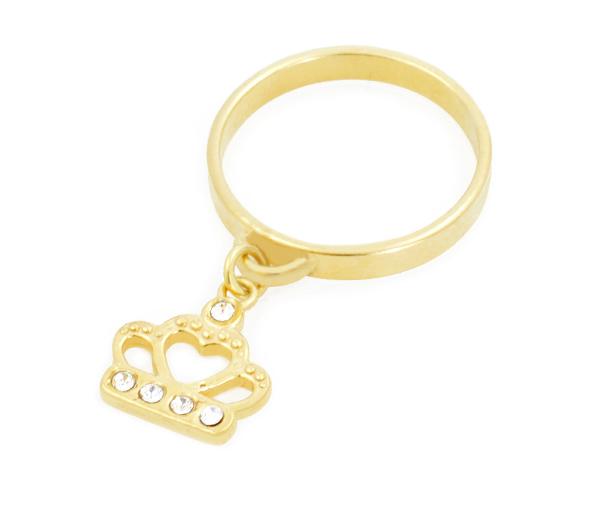 Złoty pierścionek z koroną swarosvki ze srebra pozłacanego.