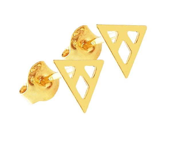Minimalistyczne kolczyki z ażurowymi trójkątami ze srebra pozłacanego.